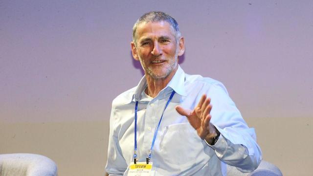 אלוף (מיל') יאיר גולן בכנס היובל של בית הספר למדעי המדינה באוניברסיטת תל אביב (צילום: מוטי קמחי )