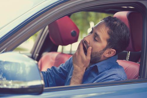 Каждый третий водитель в Израиле засыпает за рулем
