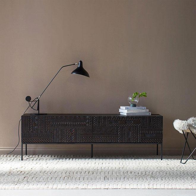 כשאין מסך, אפשר להתמקד ביופיו של הרהיט. ''טולמנ'ס דוט''