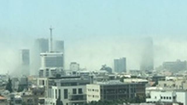 סופת חול בתל אביב (צילום: דלית חכם)