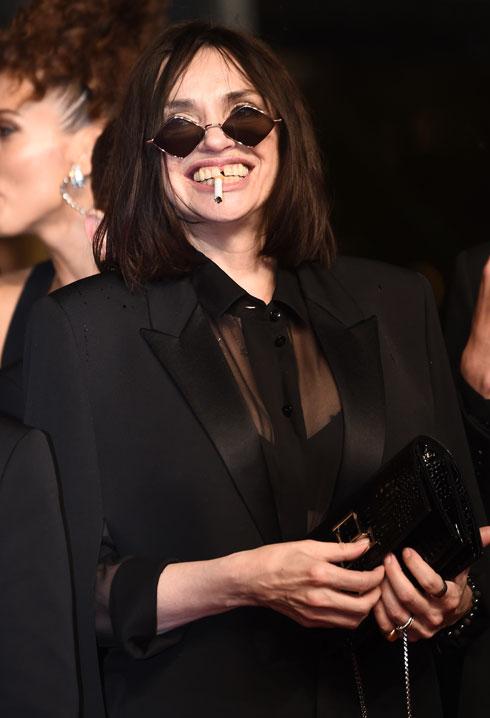 ביאטריס דאל לובשת סן לורן  (צילום: Pascal Le Segretain/GettyimagesIL)