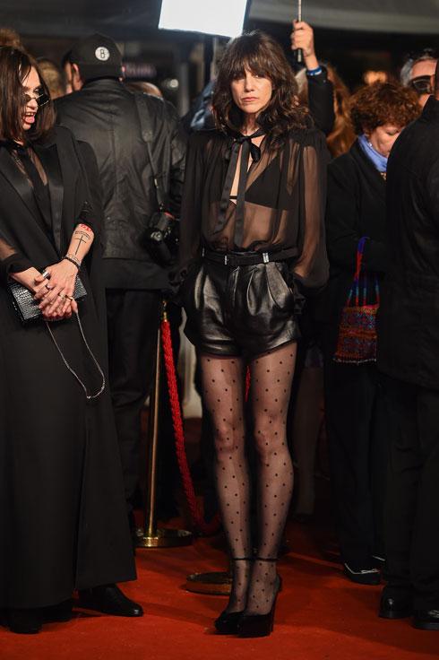 שרלוט גינסבורג לובשת סן לורן (צילום: Pascal Le Segretain/GettyimagesIL)