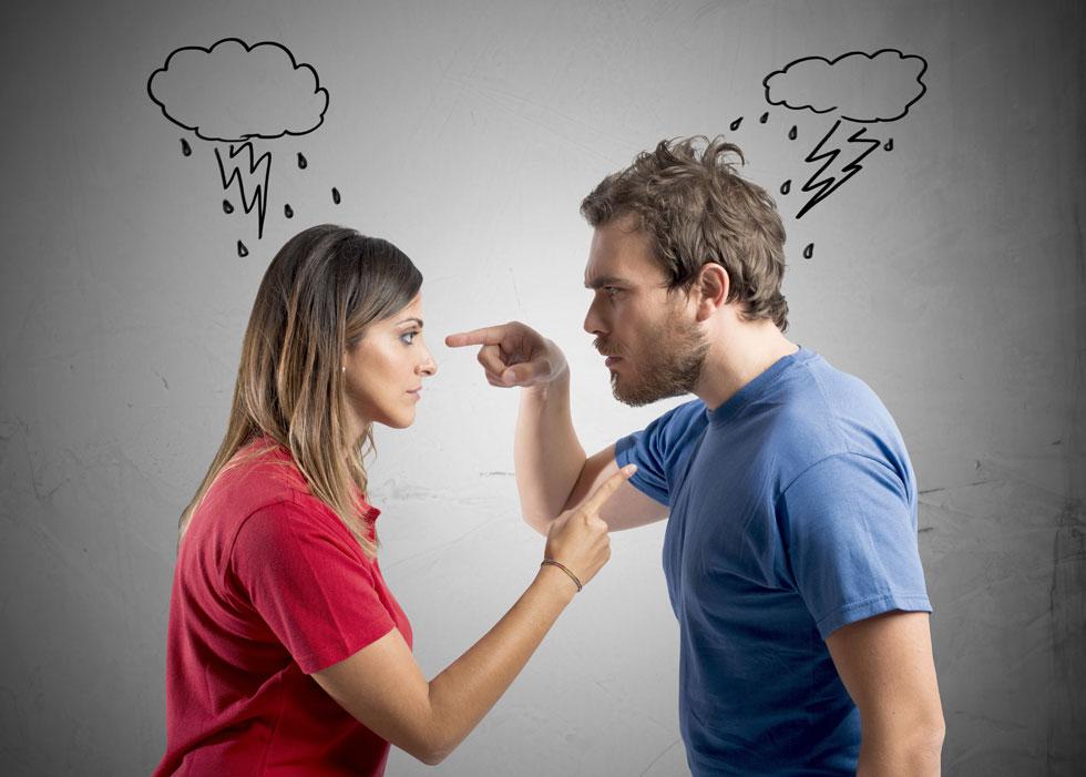 דברו ישירות. אל תרמזו, אל תעקצו, ואל תלכו סחור-סחור. דברו לא כדי להתבטא אלא כדי להשיג את השינוי שאתם מבקשים (צילום: Shutterstock)