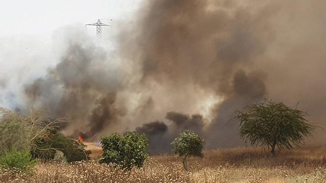 שריפה משתוללת בכרמיה ()