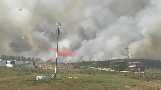 שריפה דליקה מבוא מודיעים (צילום: רבקה פרנקס,TPS)