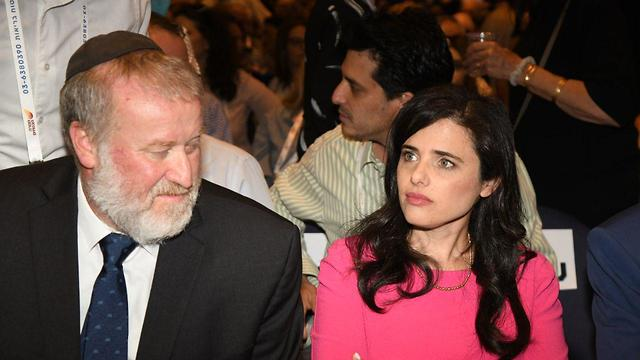 Avichai Mandelblit and outgoing Justice Minister Ayelet Shaked (Photo: Yair Sagi)
