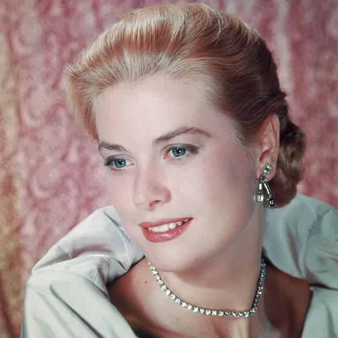 בלונד של נסיכות. גרייס קלי, 1956 (צילום: Hulton Archive/GettyimagesIL)