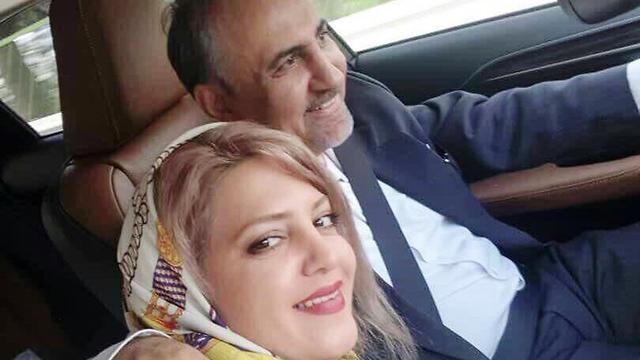 מוחמד עלי נג'פי ראש העיר של טהרן לשעבר איראן יחד עם אשתו שאותה רצח מיטרה נג'פי ()