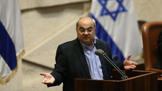 Ahmad Tibi during the Knesset debate on dissolving parliament (Photo: Alex Kolomoisky)