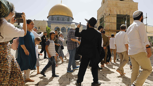 Jews were allowed to enter Temple Mount on Jerusalem Day, sparking riots (Photo: AFP)