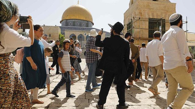 Les Juifs ont été autorisés à entrer au Mont du Temple le jour de la fête de Jérusalem, provoquant des émeutes (Photo: AFP)