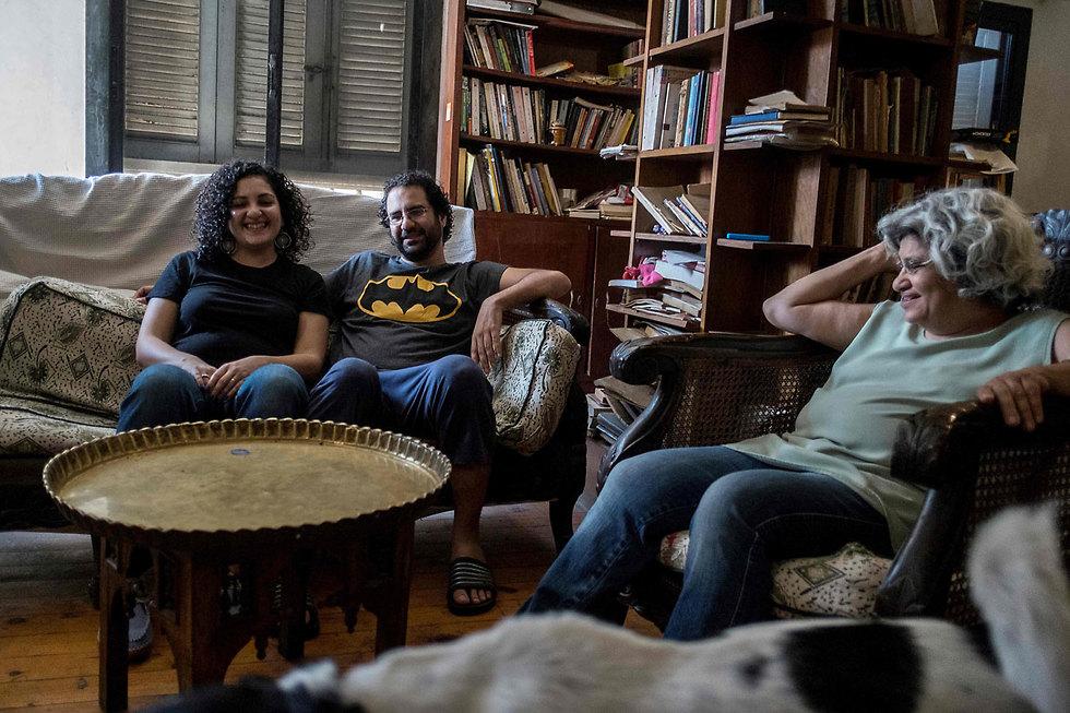 עלא עבדל פתאח מתנגד משטר ב מצרים הולך כל לילה לישון בכלא (צילום: AFP)