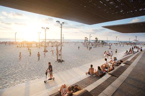 2.3 קילומטרים של פרויקט. טיילת תל אביב-יפו, בתכנון מייזליץ כסיף אדריכלים (צילום: גיא כהן)
