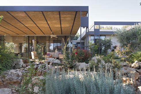 לחצו לכתבה המלאה על ''בית בלב החורש'', בתכנון רוני פרידמן (צילום: שי אפשטיין)