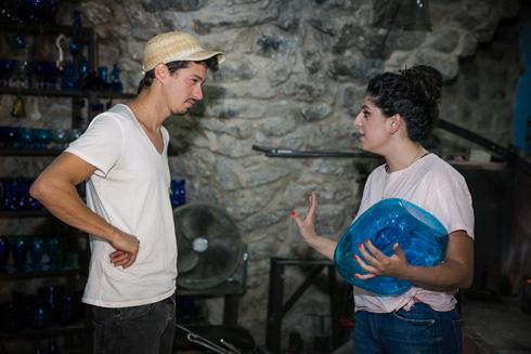 עביר נאג'ר ודניאל נחמיאס, שמוביל השנה את פרויקט ''השדכן'' יחד עם האדריכל טארק נאסר (צילום: קרן רוזנברג)