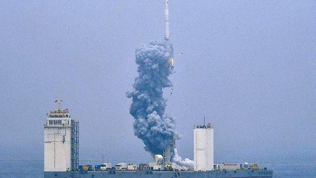 שיגור הלוויינים הסינים לחלל (צילום: AP)