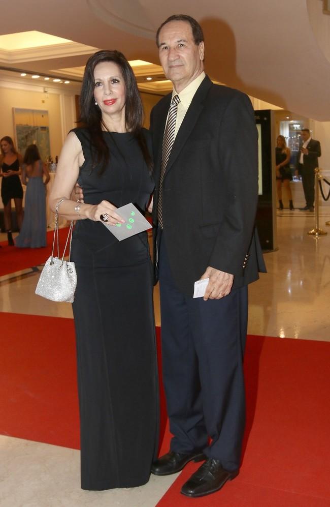 תמיד על המפה.  טל ברודי ואשתו (צילום: ענת מוסברג)