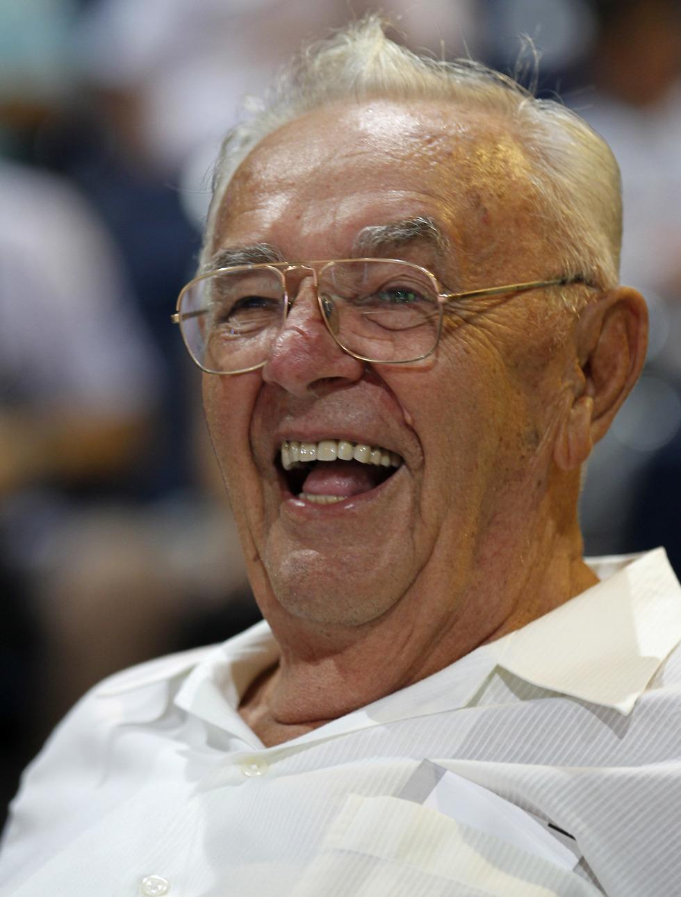 בורה סטנקוביץ' מחייך (צילום: AP)