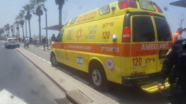 Место происшествия у моря в Тель-Авиве. Фото: МАДА