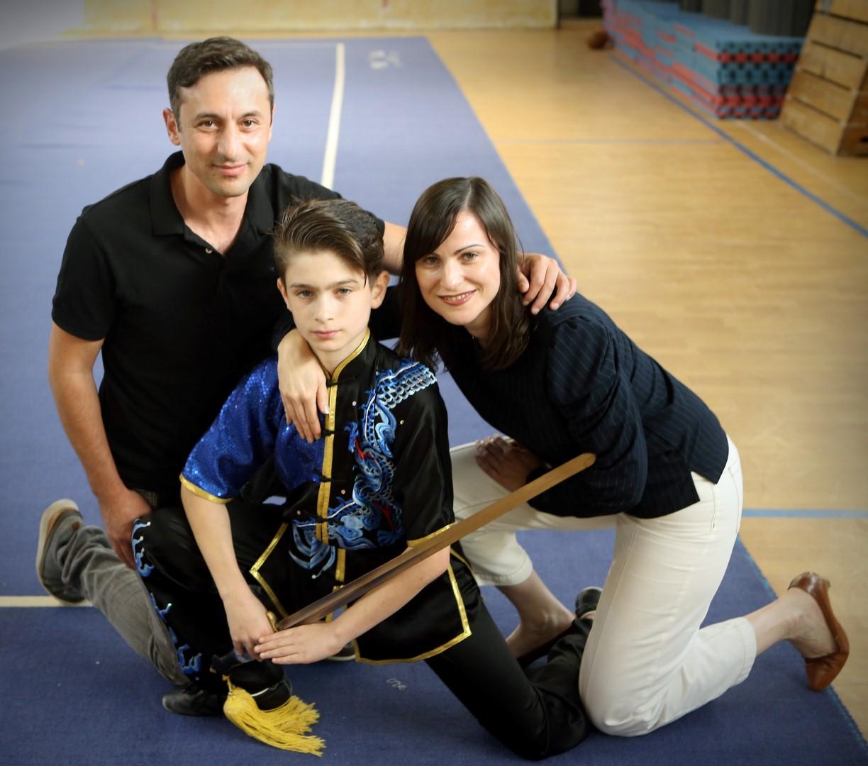 ההורים מתגייסים ותומכים - משפחת זבירין (צילום: אבי מועלם)