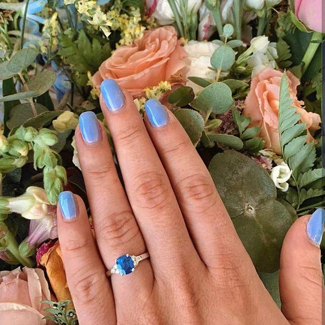 הביא לה טבעת מיוחדת (צילום מסך)