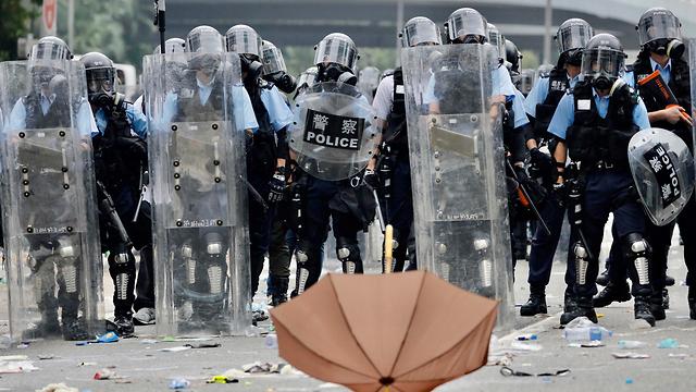 הפגנות הפגנה עימותים מחאה הונג קונג נגד חוק ההסגרה הסגרה ל סין (צילום: AP)
