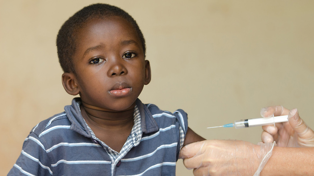 חיסונים חיסון ילד אפריקה (צילום: shutterstock)