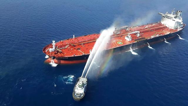 מכלית מכליות נפט הים הערבי מפרץ עומאן המפרץ הפרסי Front Altair מתקפה איראן (צילום: AP)