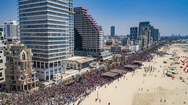 Тель-Авив. Фото: Барак Бринкер