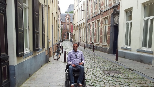 ליאור בבלגיה ()