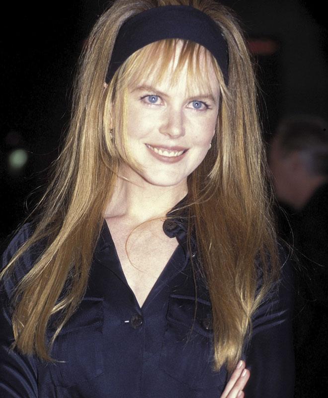 מביאה איתה תחושה של סוד הרומז על שבר גדול מתחת לחזות של בובת החרסינה. 1996 (צילום: Patrick Riviere/GettyimagesIL)