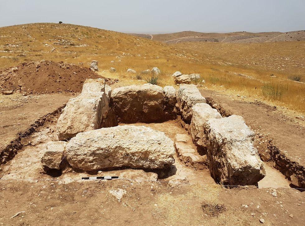Основание башни. Фото: Управление древностей