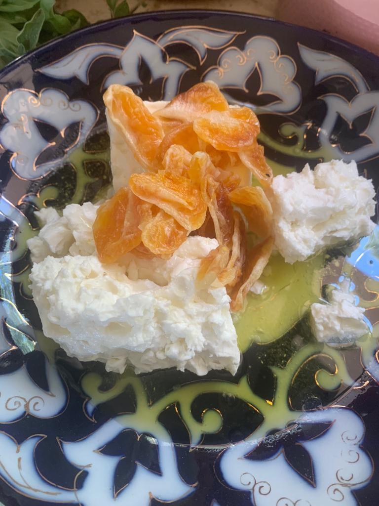 גבינת המאירי מצפת (צילום: ארז קומרובסקי)