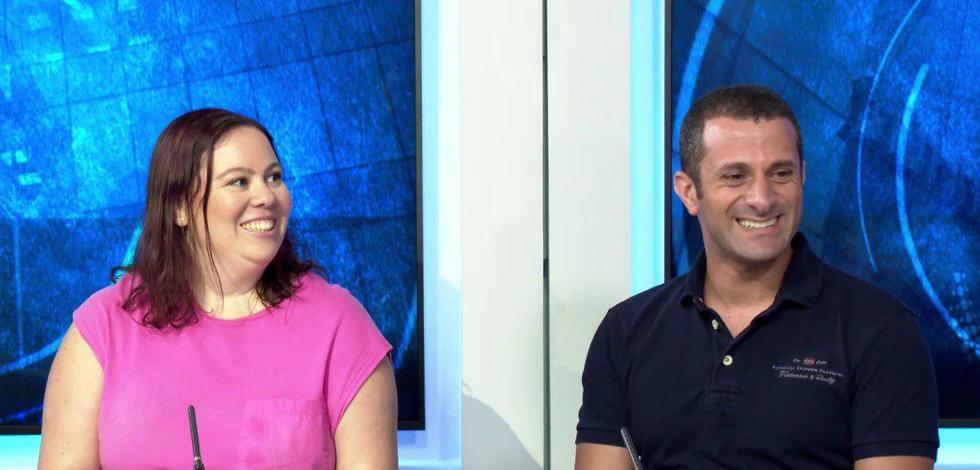 אורי גרינשטיין (משמאל) ובן עטיה (מימין) בראיון לאולפן על משלחת נכי צה