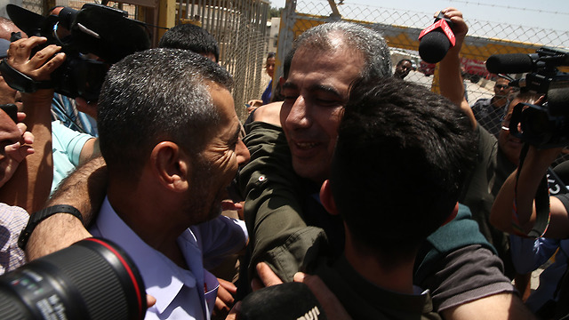 Mahmoud Katusa released from prison where he was held for 55 days (Photo: Ohad Zwigenberg)