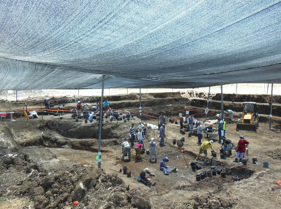 שטח החפירה בעין קשיש (צילום: פרופ' אראלה חוברס, האוניברסיטה העברית)