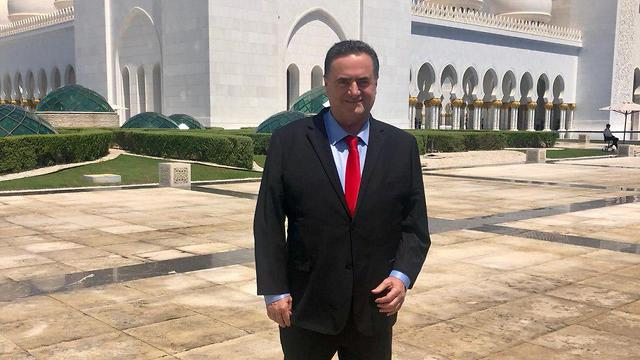 ישראל כץ בביקור באבו דאבי ()