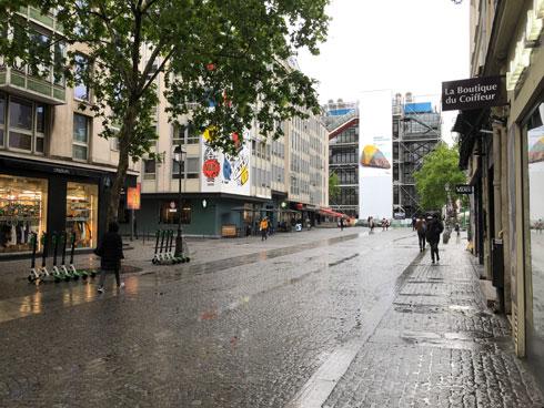 מבט מאחד הרחובות המקיפים את המוזיאון (צילום: ורד אליעזרי גנשרוא)