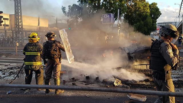 Беспорядки в Кирьят-Атe. Фото: Хасан Шаалан