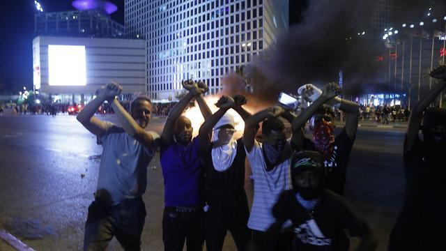 Protests last week at Azrieli Junction (Photo: Shaul Golan)