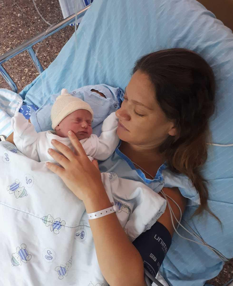 חן וגוני לאחר הלידה ()
