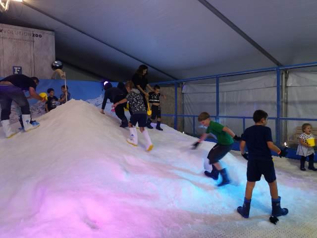 Вскарабкаться на снежную гору еще нужно уметь