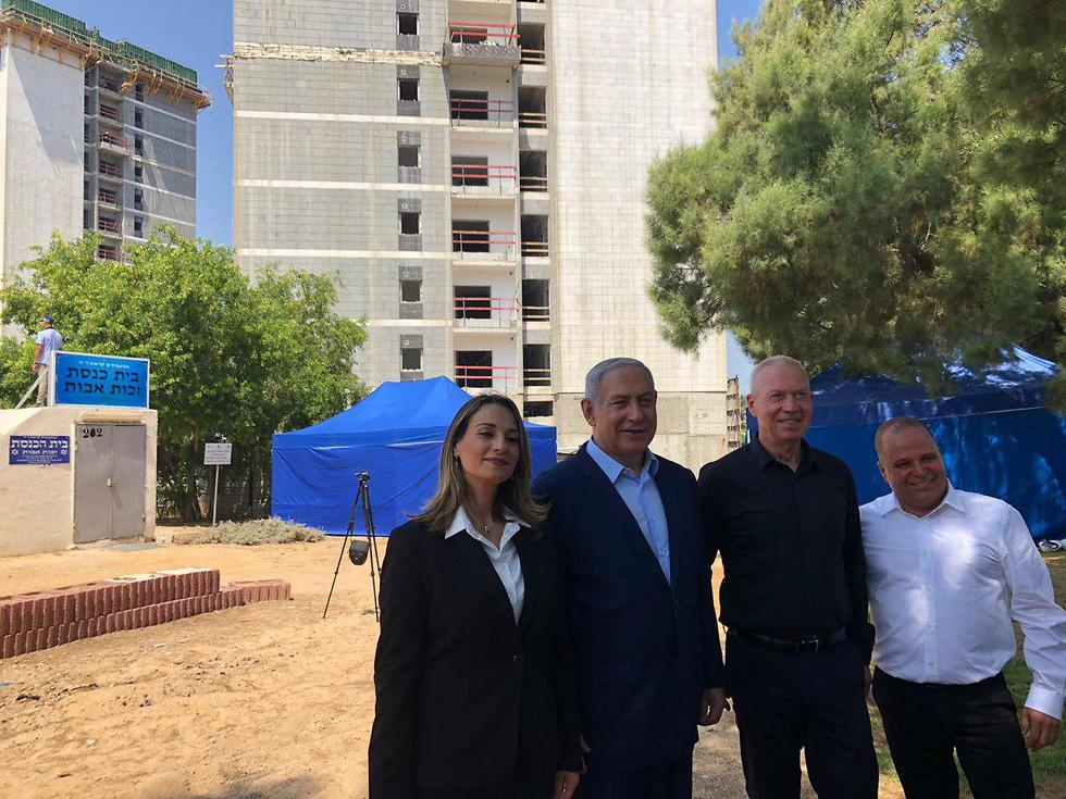 ראש הממשלה בנימין נתניהו יפעת שאשא-ביטון יואב גלנט ו ראש עיריית אשקלון תומר גלאם ()