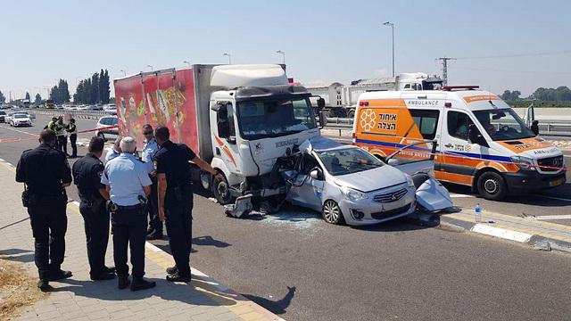 Авария на шоссе № 7. Фото: пресс-служба полиции