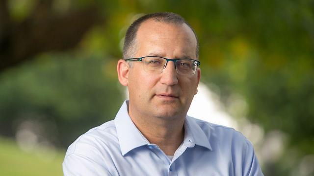 רן קוניק ראש עיריית גבעתיים ()