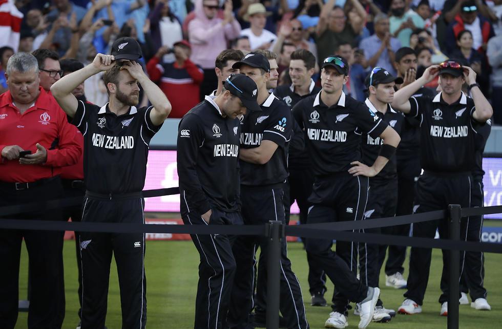 שחקני ניו זילנד מאוכזבים (צילום: AP)