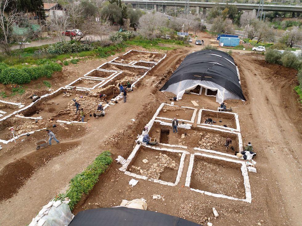 The Motza Neolithic site (Photo: Asaf Peretz, Antiquities Authority)