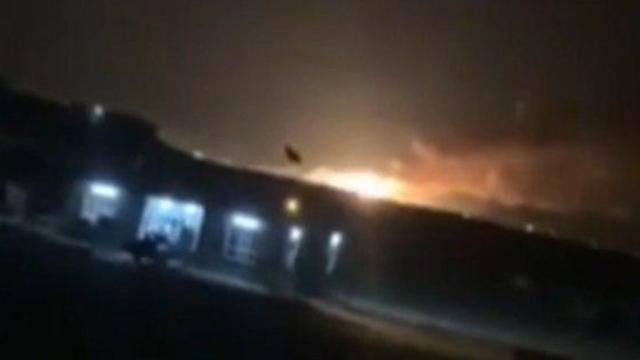 תיעוד תקיפת מחסן טילים איראני בעיראק ()