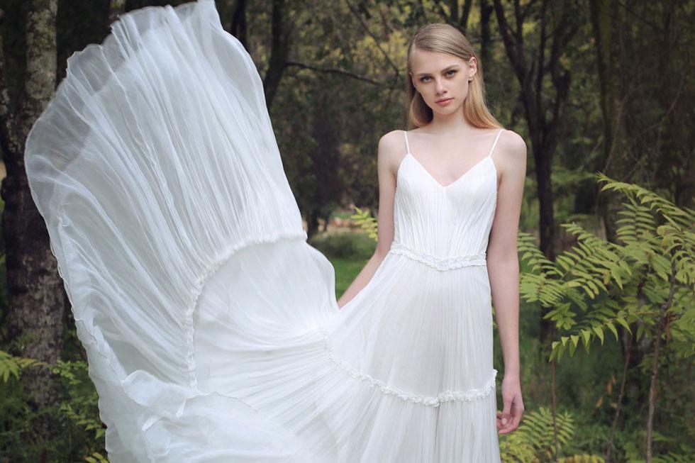 רן צוריאל ביריד החתונות של My Day. הנחה של 50 אחוז על שמלות כלה (צילום: אלה אוזן)