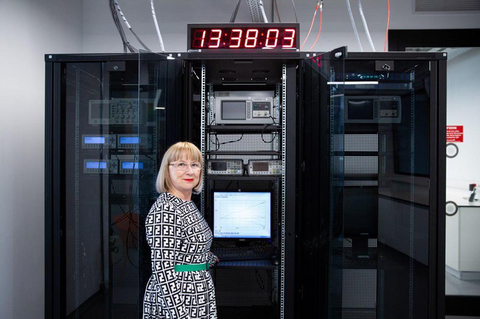 Голдовски с атомными часами. Фото: Алекс Коломойски